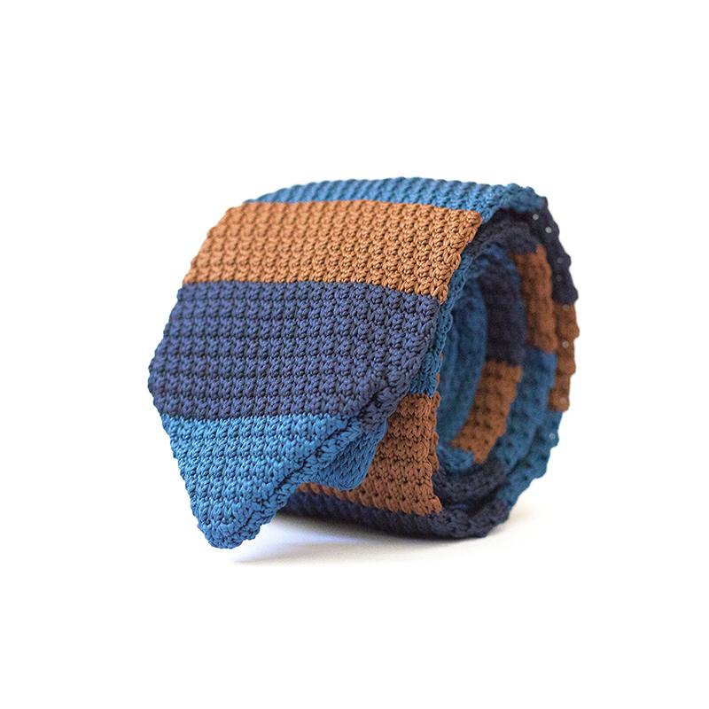 Cravata crosetata multicolora