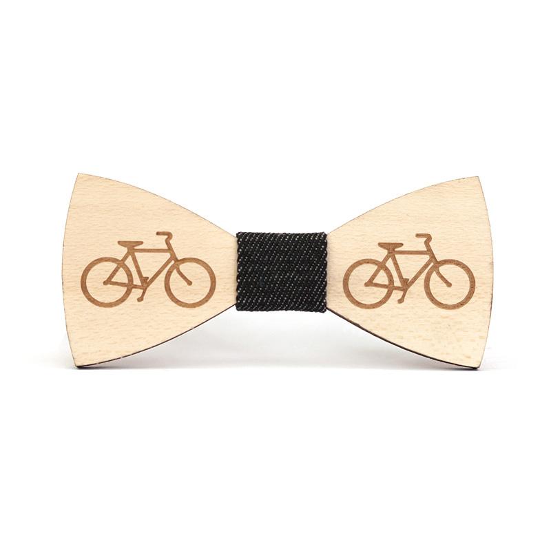 Papion din lemn gravat model bicicleta
